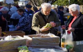 Retirement Village Residents supporting a local food bank